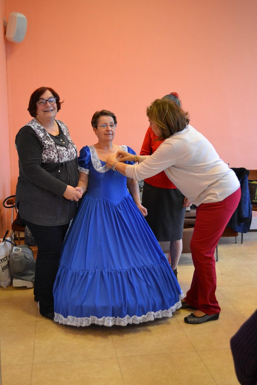 robe réalisée par Viviane Les Baladins du Val d'Auge